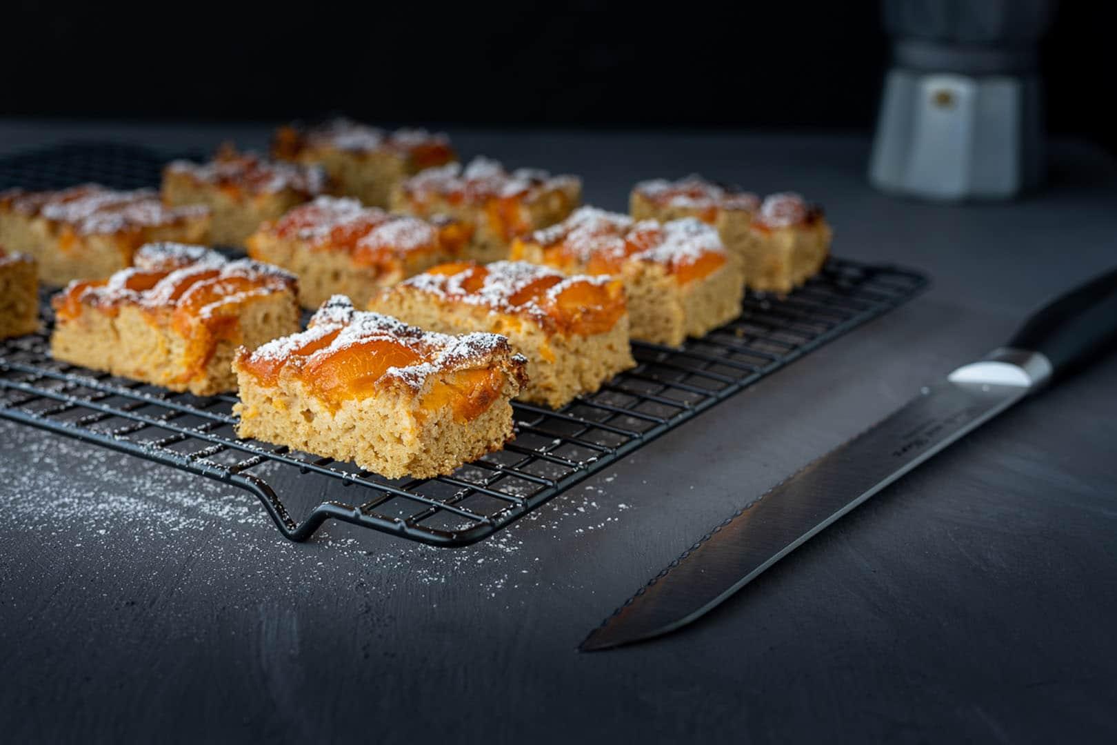 Low carb Blechkuchen, Brotmesser